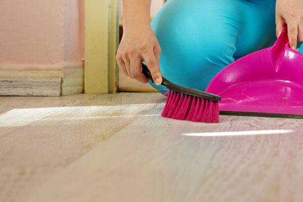 limpiar suelos de tarima flotante