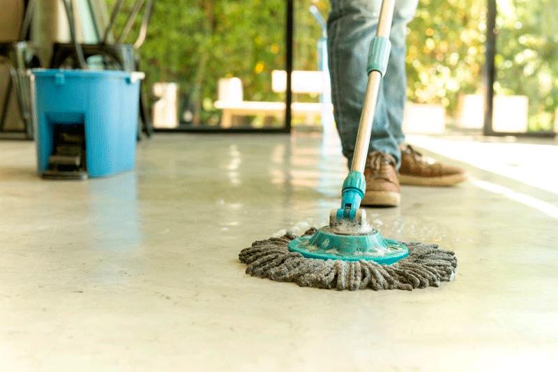 limpiar los restos de una obra